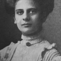 Esther Lenhardt